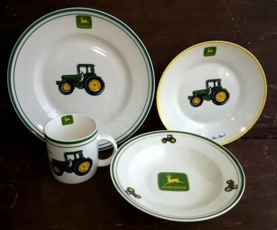 John Deere Kitchen Sets In Original Boxes