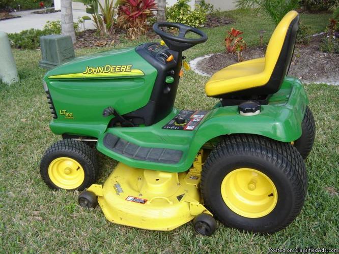 John Deere Lawn Tractor 48 Cut