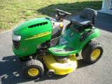 John Deere Lawn Tractor - $900 (Queenstown, Md)