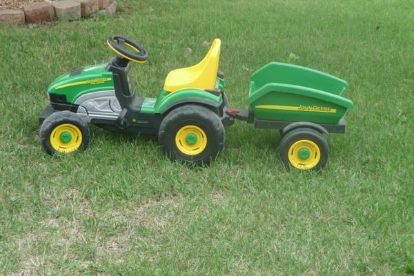 John Deere Peg Perego Tractor - $80