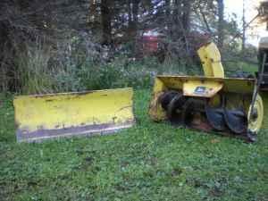 John Deere Tractors + attachments (Millport)