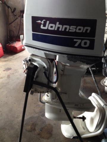 Johnson 70 3 cylinder 2 stroke runs good