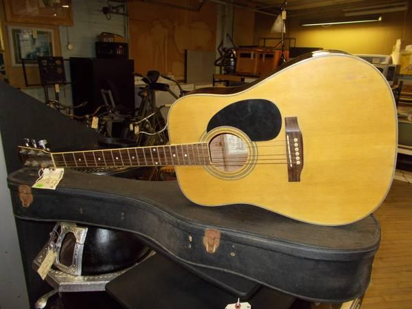 Johnson Guitar with Case for Sale in Greenwich
