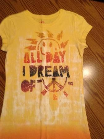 Junior's Medium Mudd Yellow Sunshine Peace Shirt - $5