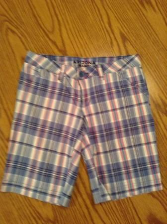 Junior's Size 0 Shorts - $5