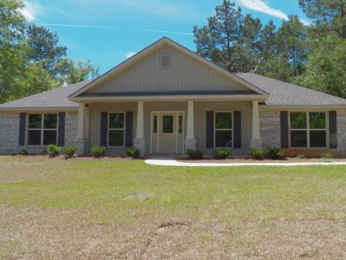 Just Listed in Semmes - 4br