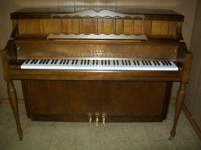 Kawai Console Upright Piano