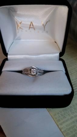 Kay jeweler engagement ring - $1000