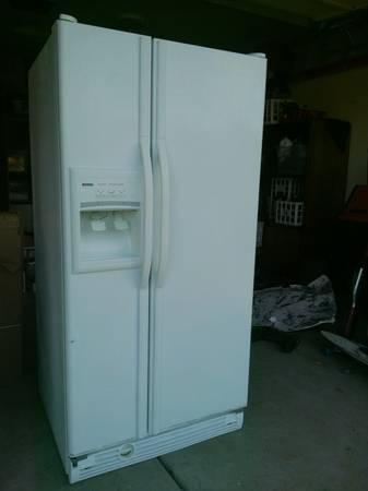 Kenmore 22 Cu Ft Side By Side Refrigerator Super Clean