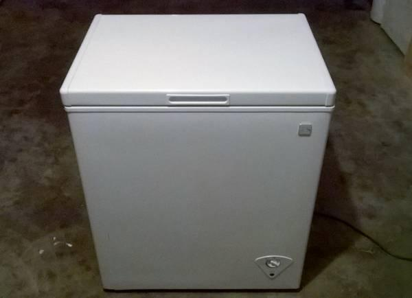 kenmore 5 chest freezer for sale in lawrence kansas classified. Black Bedroom Furniture Sets. Home Design Ideas