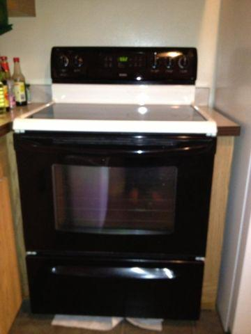 Kenmore Electric Self Cleaning Free Standing Range Model
