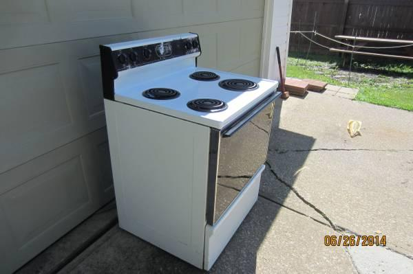Kenmore Electric Stove For Sale In Cleveland Ohio