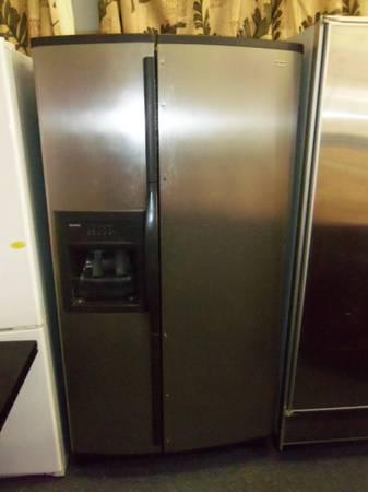 kenmore elite stainless steel side by side fridge preowned runs cold for sale in orlando. Black Bedroom Furniture Sets. Home Design Ideas