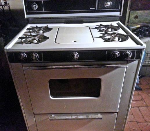 Kenmore Gas Oven W Center Griddle For Sale In Nipomo
