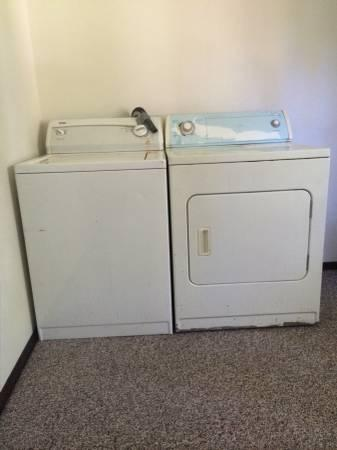kenmore washer machine/whirlpool dryer selling as a set ...