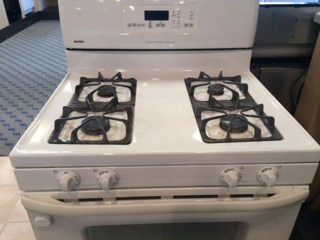 kenmore white gas freestanding range stove oven used for sale in tacoma washington classified. Black Bedroom Furniture Sets. Home Design Ideas
