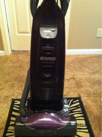 Kenmore Progressive Vacuum - $85 (Redding)