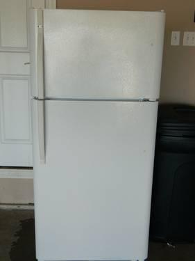 Kennmore Refigerator for SALE!