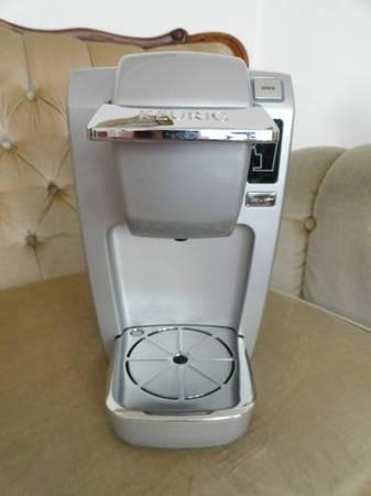 Keurig Mini Plus B31 Silver Single Cup Coffee Brewer W My K Cup