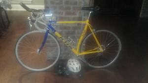 KHS road bike - $400 Lake Charles LA