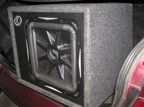 KICKER SOLOBARIC 12 IN PORTED BOX -MODEL  08VS12L7 - 2 OHM