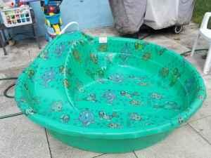 Kid S Pool 8 Foot Plastic With Slide Clermont For Sale