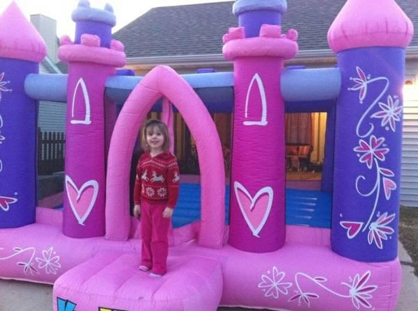Kid Wise Princess Castle Bounce House - $85