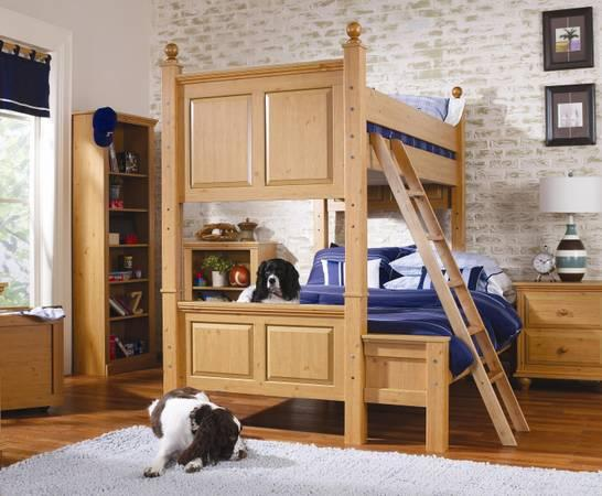Kids and Youth Bedroom Collections in a Variety of Colors on Sale
