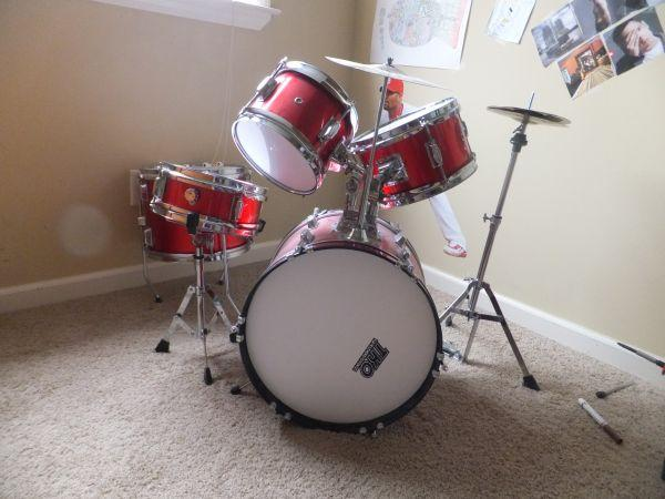 kids drum set by tko arlington for sale in memphis tennessee classified. Black Bedroom Furniture Sets. Home Design Ideas