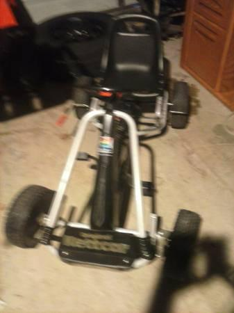 KIDS GO CART PEDDLE CAR - $75