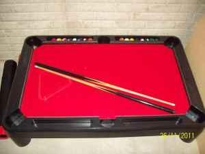 Superbe Kids Pool Table   $20 (Lincoln)