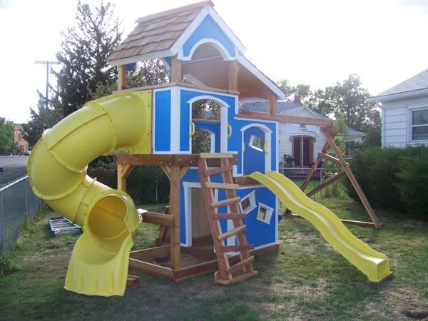 Kids swing sets play sets and playhouses for sale in for Cheap playhouse kits
