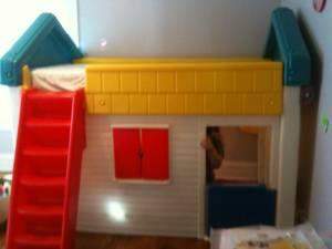 Kids Twin Bed Little Tykes Playhouse 500