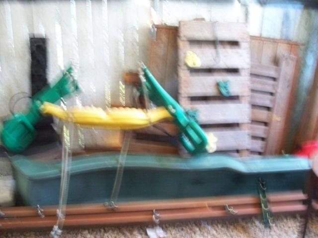 KIDS WOOD PLAYSET, RAZOR 4 WHEELER , DISNEY 4 WHEELER