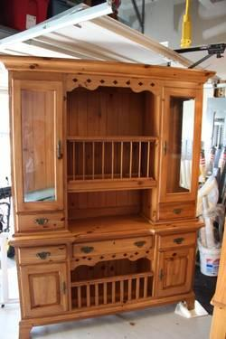 Kincaid Ducks Unlimited Game Keepers Buffet  Hutch