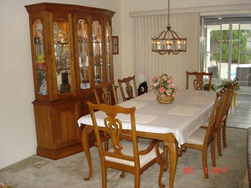 Kincaid Solid Oak Formal Dining Room Set