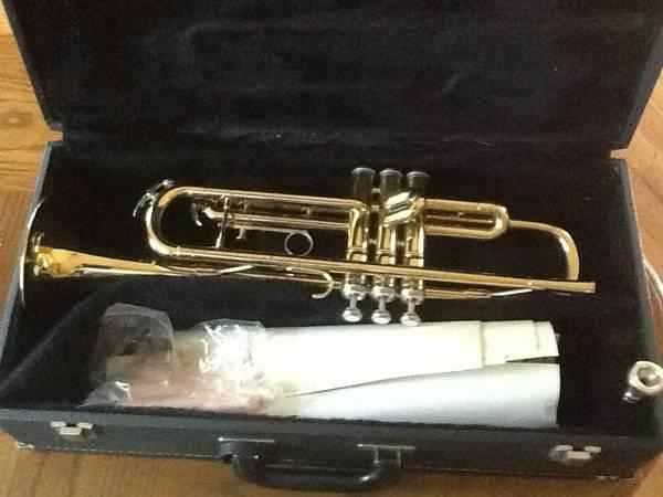 KING  600 series cornet Trumpet - $250