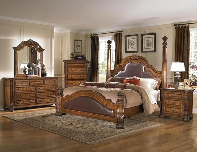 King Samuel Lawrence Wellington Bedroom Set Brand New