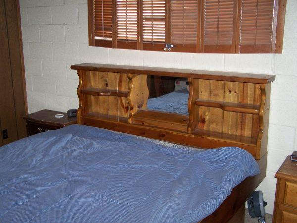 King size waterbed wood frame - (Camp Verde,az) for Sale in ...