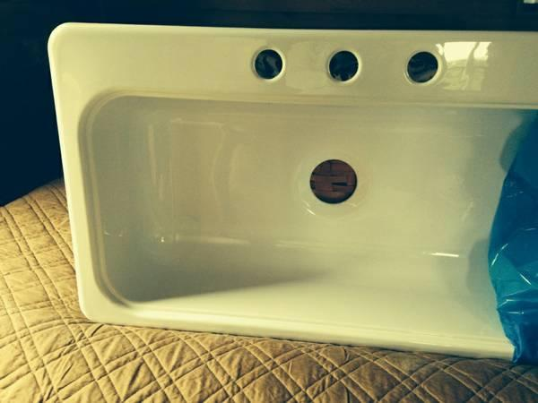 Kitchen Sink, single bowl - $90