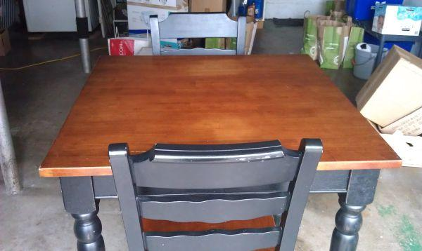 Kitchen Table And Two Chairs   $75 (Eugene)