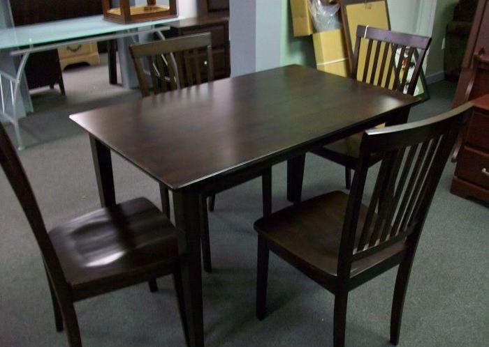 Kitchen Table with 4 Chairs NEW Dining Set Mt Pleasant
