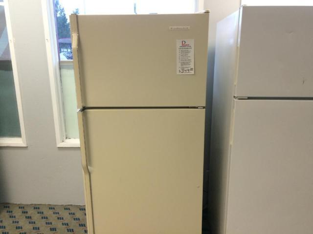 Exceptionnel KitchenAid Bisque 18 Cf Top Mount Refrigerator   USED