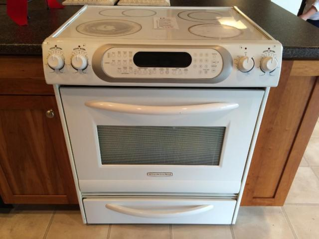 Kitchenaid White Slide In Range Stove Oven Used For Sale