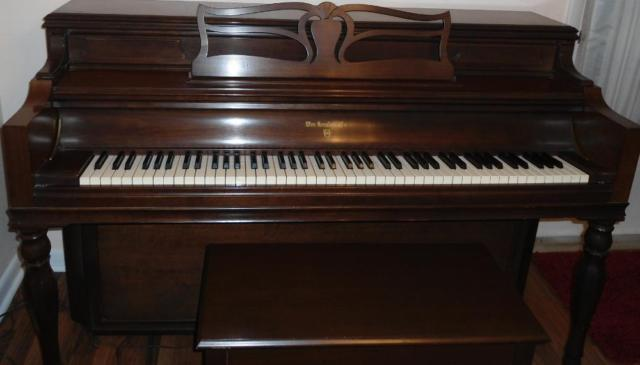 Knabe Upright Pianio