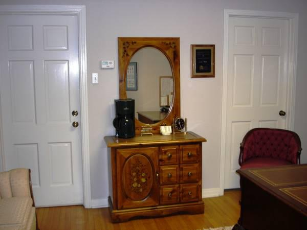 knotty pine wood country dining buffet hutch server mirror for sale
