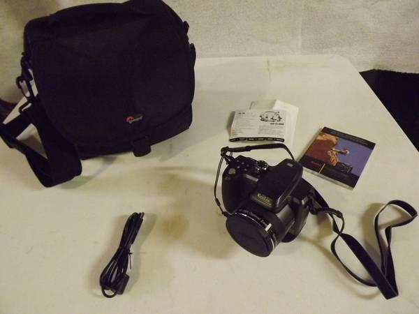 Kodak Z981 Digital Camera 14Mp by 26X Optical Zoom - $110