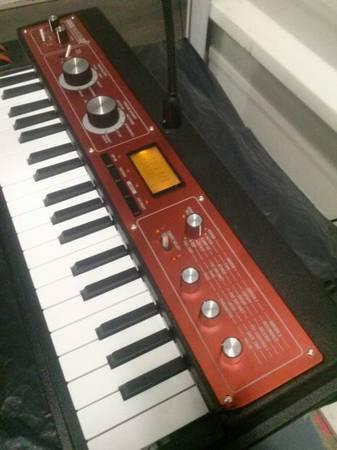 Korg MicroKorg XL Plus, Limited Edition Red Metallic Color