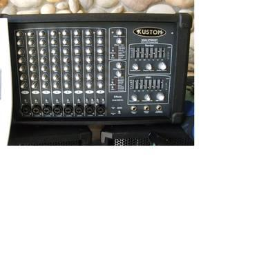 KUSTOM PA KPM8420T 400 WATT 8 Channel powered mixer w PEAVEY CABS