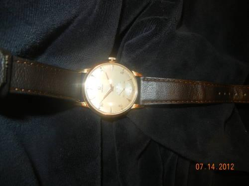 L@@K Vintage 18kt. GOLD Omega Mens Watch!!!